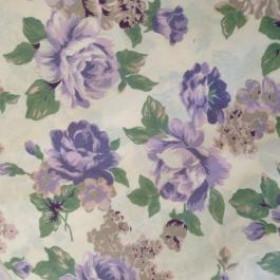 Tecido Adesivo Floral Lilás